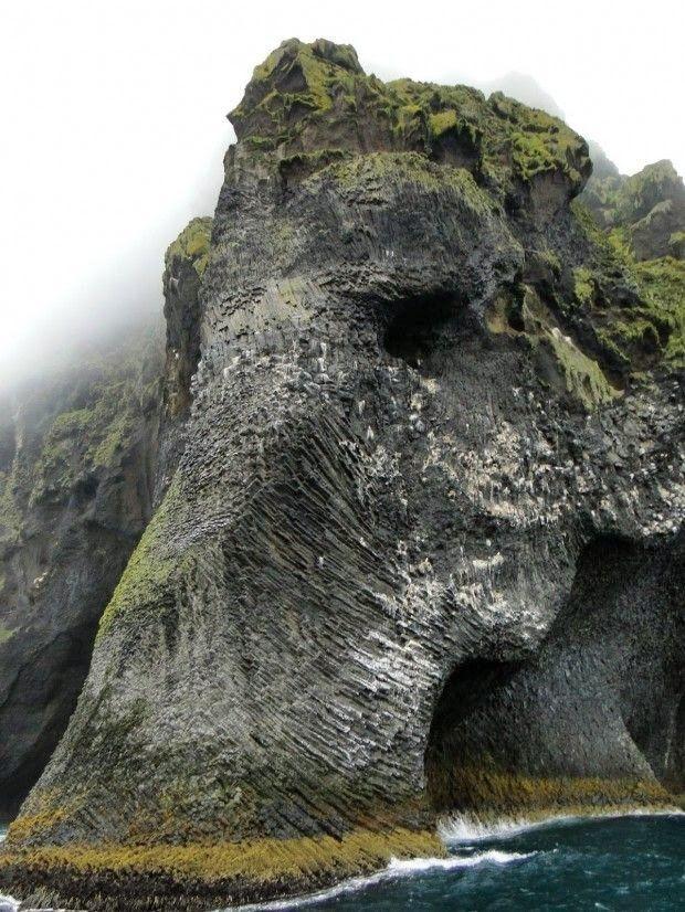 Iceland, elephant Rock