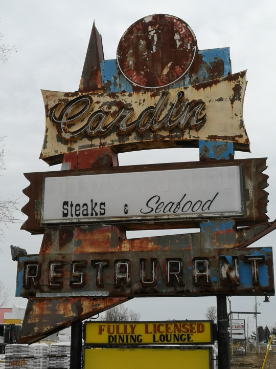 rusted sign alfred
